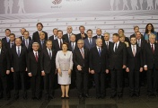Participants during family photo at the Eastern Partnership Summit in Riga