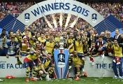 """Футболисты """"Арсенала"""" после победы в Кубке Испании-2014/15"""