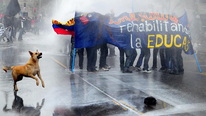 Акция протеста студентов в Чили