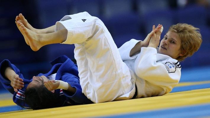 Алеся Кузнецова в полуфинальном поединке