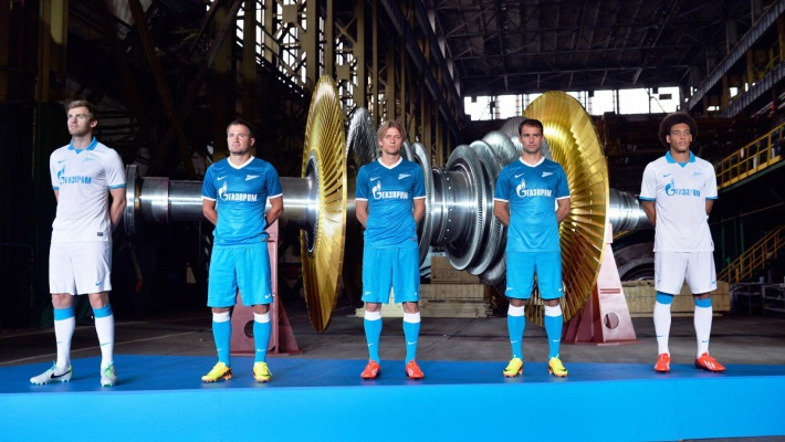 Слева направо: Николас Ломбертс, Виктор Файзулин, Анатолий Тимощук. Роман Широков, Аксель Витсель