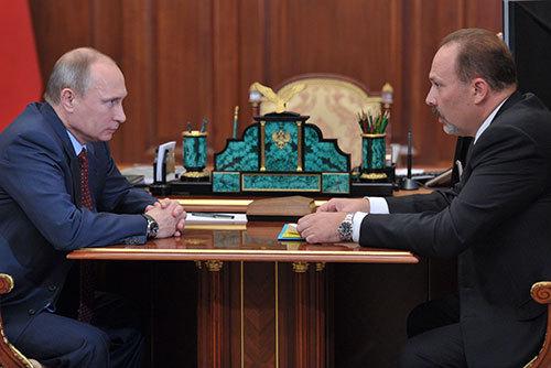 Владимир Путин и Михаил Мень
