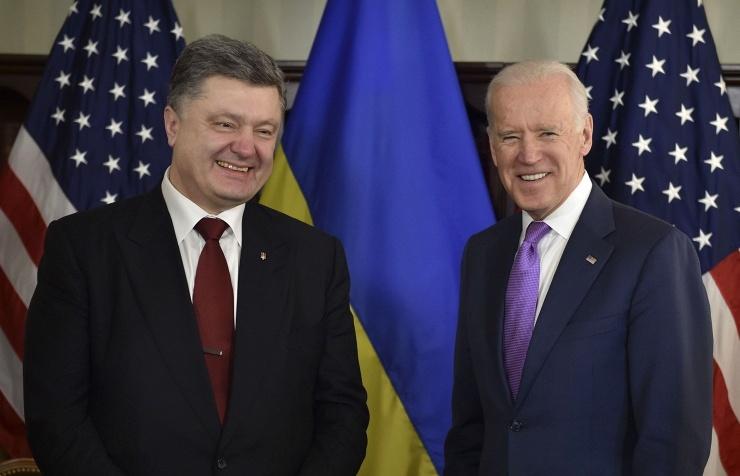 Ukrainian President Petro Poroshenko and US Vice President Joseph Biden